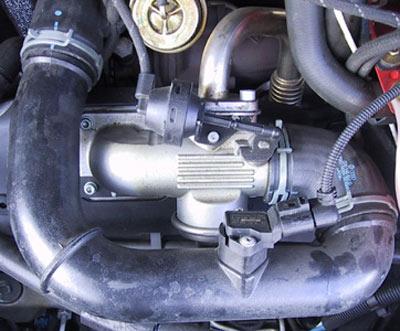 geluiden rechterkant vw motor